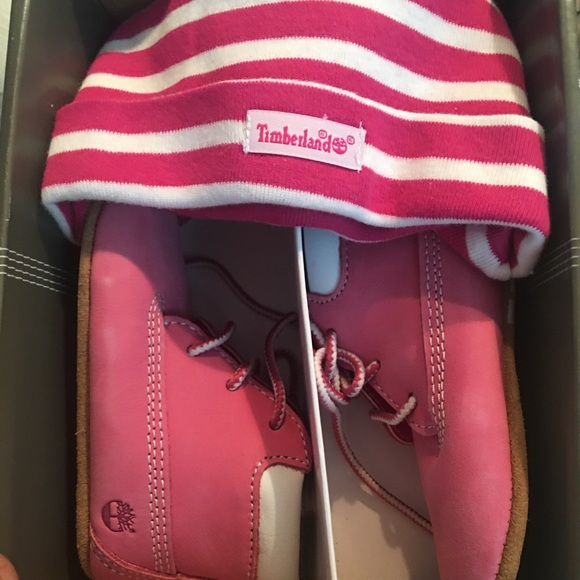 Timberland Infant Booties w/Hat
